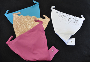 """Cleava"" to keep your Cleavage covered :) Review and #giveaway!"